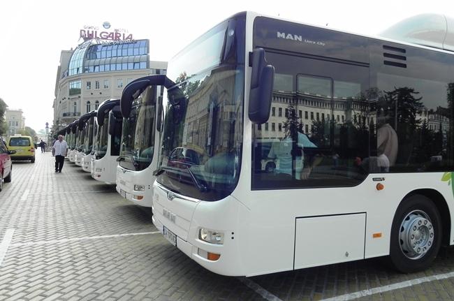 Автобус на годината 2015 вече работи в София