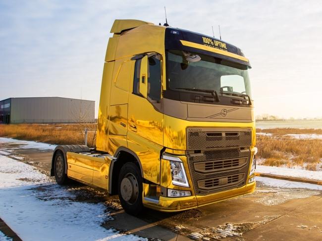Златен камион Volvo FH на Truck Show КАМИОНИ 2015