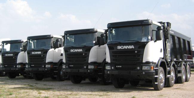 Агри-М достави 4 самосвала Scania на Ростер ООД