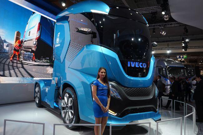 Iveco - акцент върху LNG и премиера на концептуален камион Z