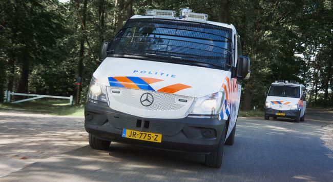 300 вана Mercedes-Benz Sprinter за холандската полиция