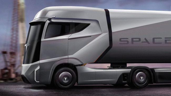 Камионът на Tesla – премиера през септември