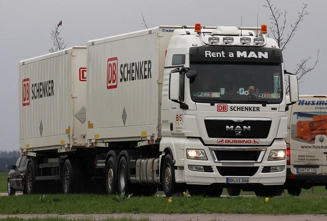 DB Schenker и MAN тестват движение в конвой