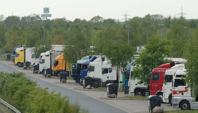 Пазарът на камиони в България - май 2017