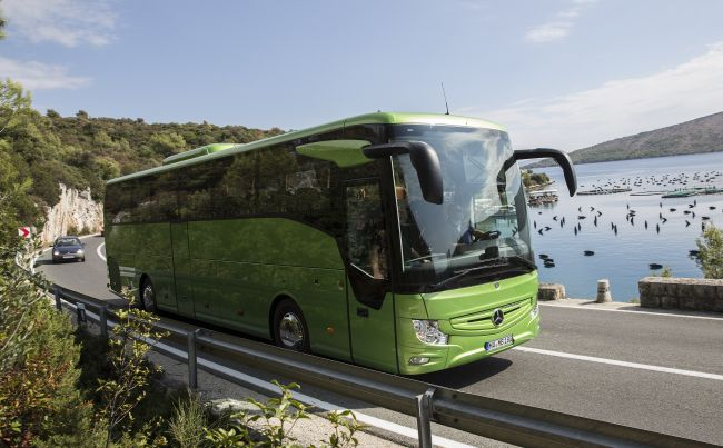 По пътищата на Далмация с новия Tourismo RHD