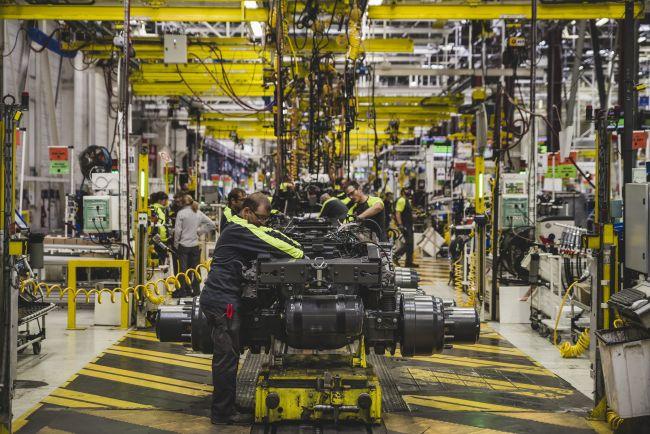 Как се раждат камионите Renault