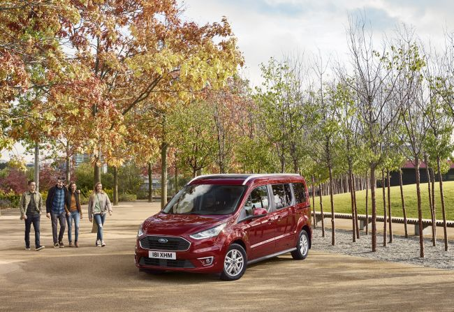 Ford показа новите Tourneo Connect и Tourneo Courier