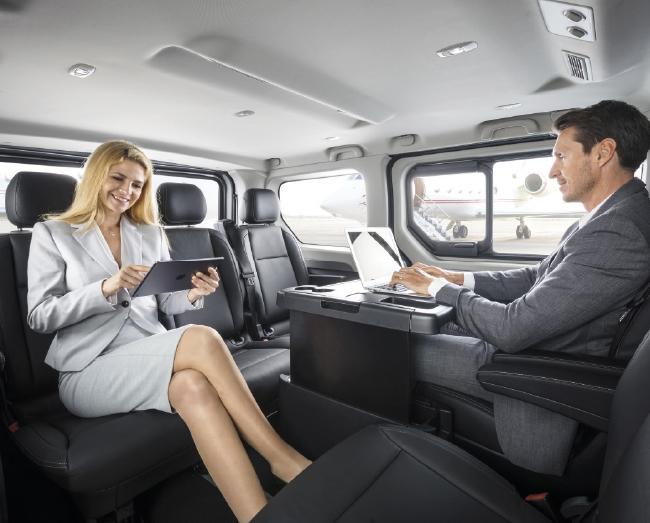 Opel Vivaro Tourer и Combi+