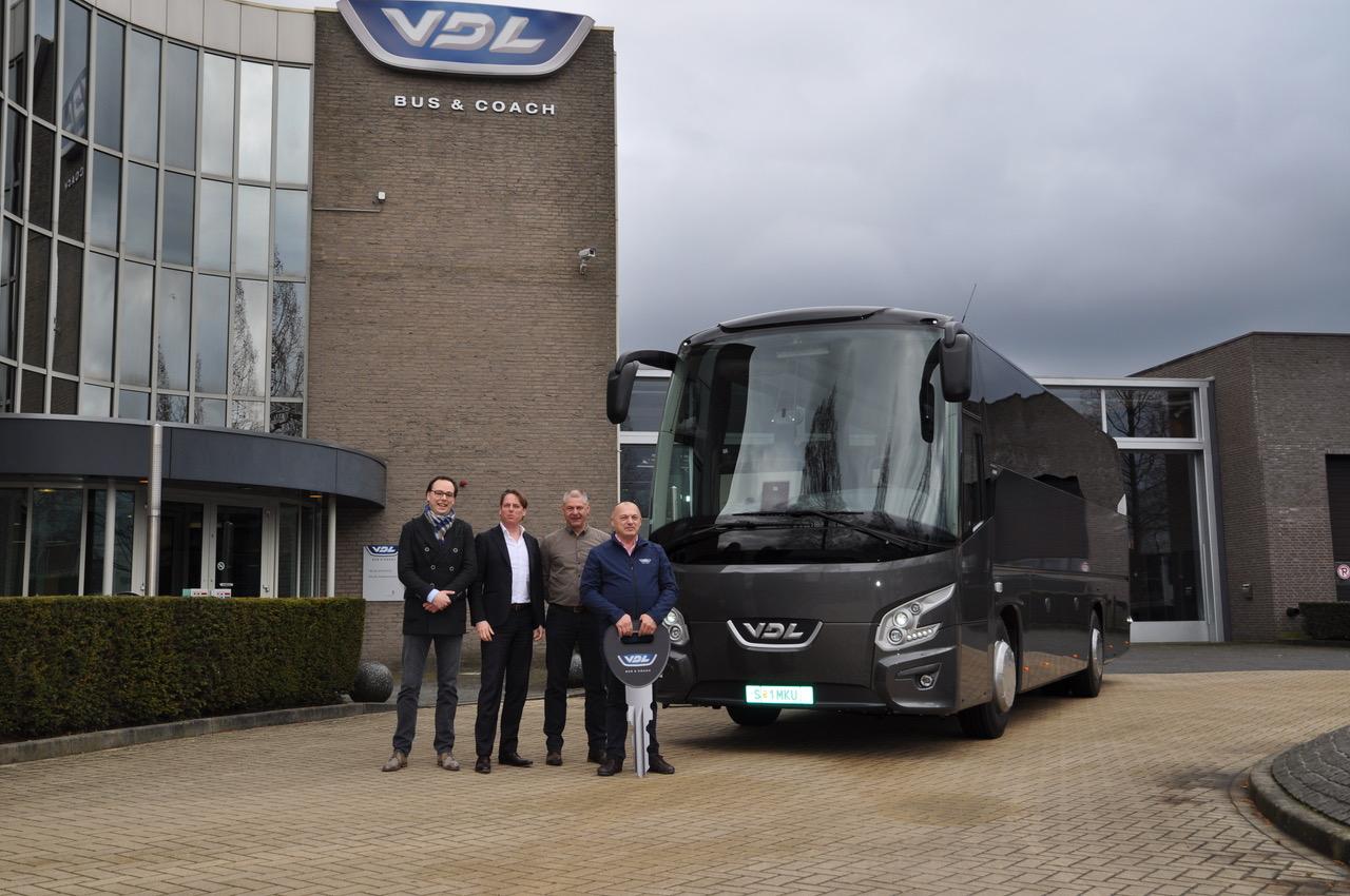 Първа доставка на VDL Futura FHD2 106 в България