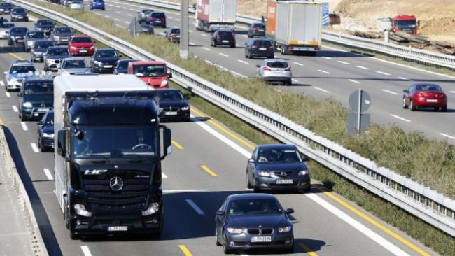 Предложение: е-камионите без тол такси в Германия