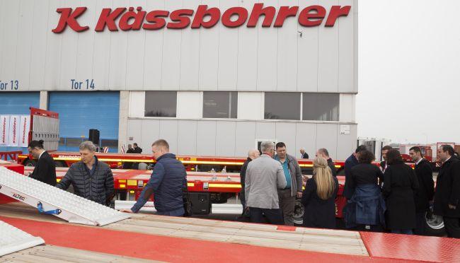 Kässbohrer с нова гама нископодови ремаркета