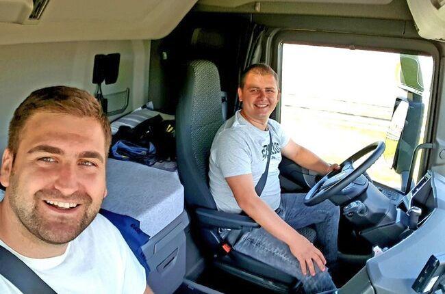 Евродепутатът Андрей Новаков тества пакета Мобилност с камион на Дискордиа