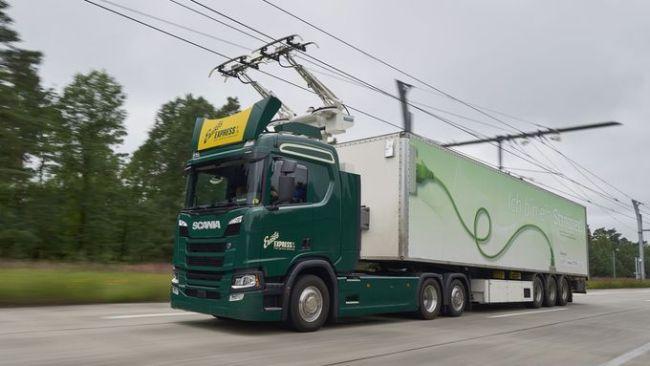 Тестовете на е-магистралата ще са с камиони Scania