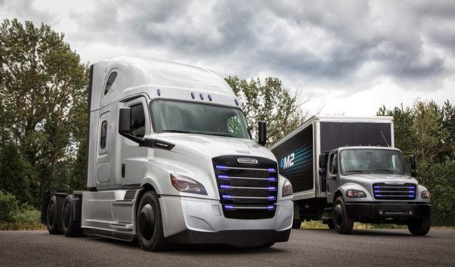 Daimler тества два електрокамиона в САЩ