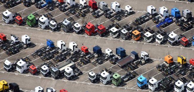 1785 нови тежки камиона на полугодието