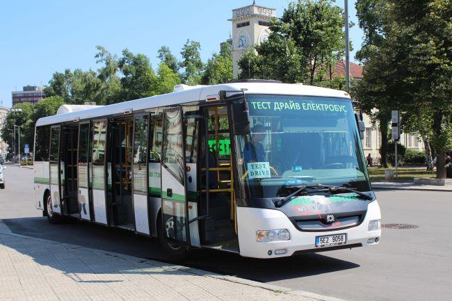 3 нови 12-метрови автобуса Sor CNG за Габрово