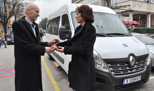 Нов Renault Master за деца с увреждания в Хасково