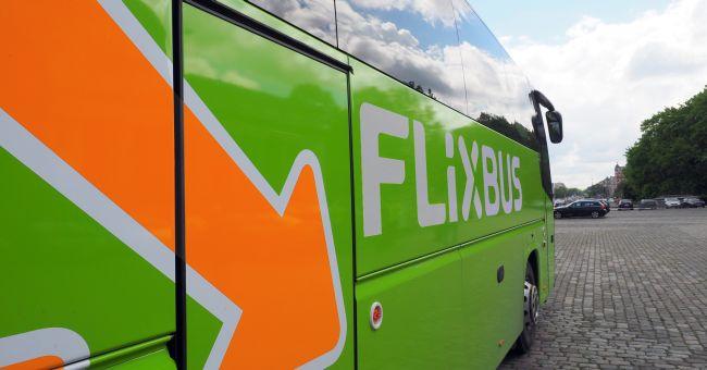 FlixBus празнува първата си годишнина в България