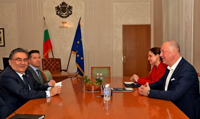 Росен Желязков се срещна с посланика на Турция в България