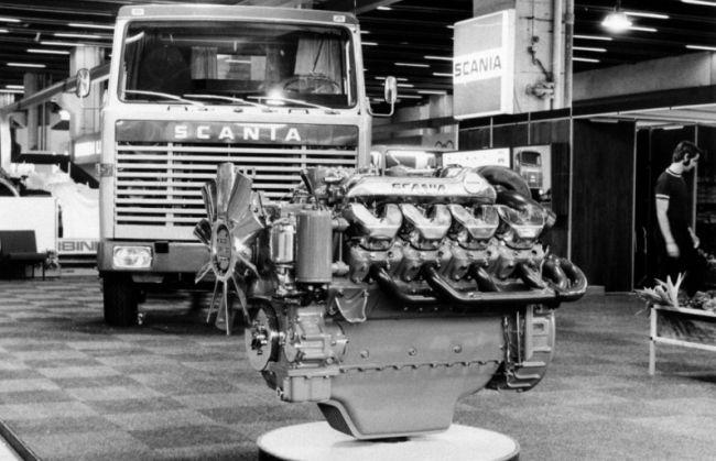 50 години Scania V8