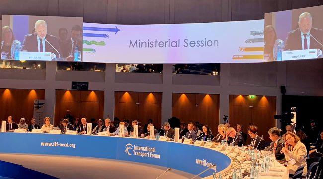 Министър Желязков поиска с 25% по-висока квота на ЕКМТ/СЕМТ разрешителните