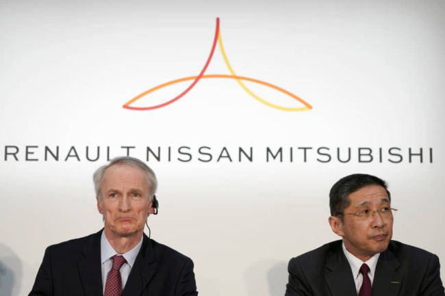 Renault, Nissan и Mitsubishi обсъждат предложението FCA