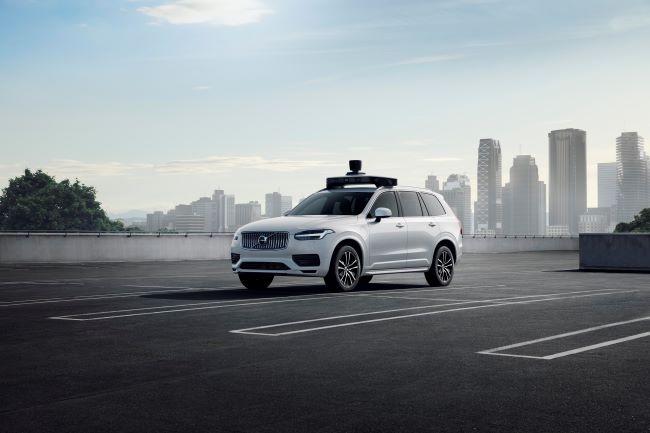 Volvo и Uber представиха автономния XC90