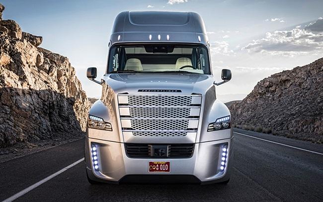 UPS инвестира в автономни превози