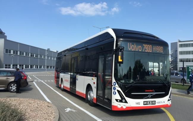 Volvo Polska отбеляза четвърт век