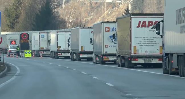 Зимни забрани за камионите в Тирол