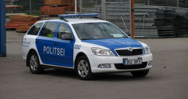 Естонската полиция наказва с отбиване от курса