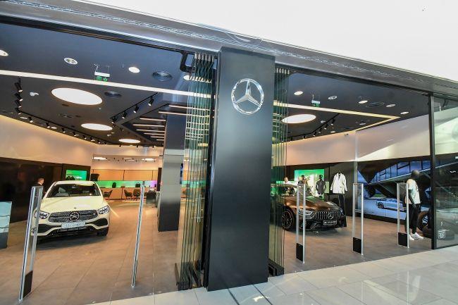 Първият Mercedes-Benz Boutique в България отвори врати