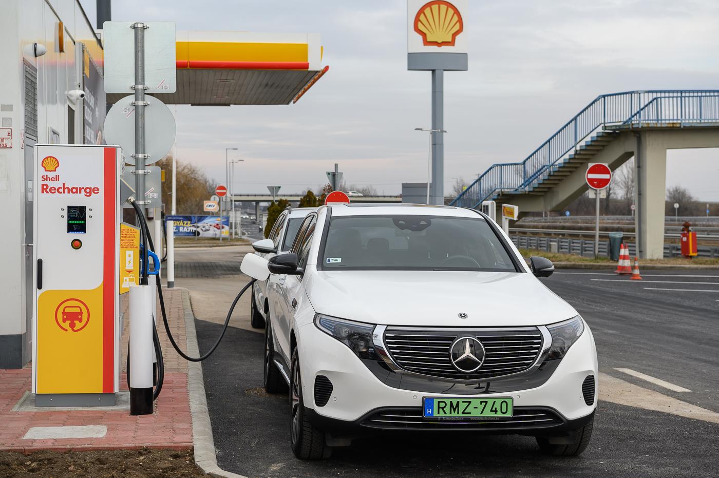 Shell започва изграждане на мрежа за зареждане на електромобили