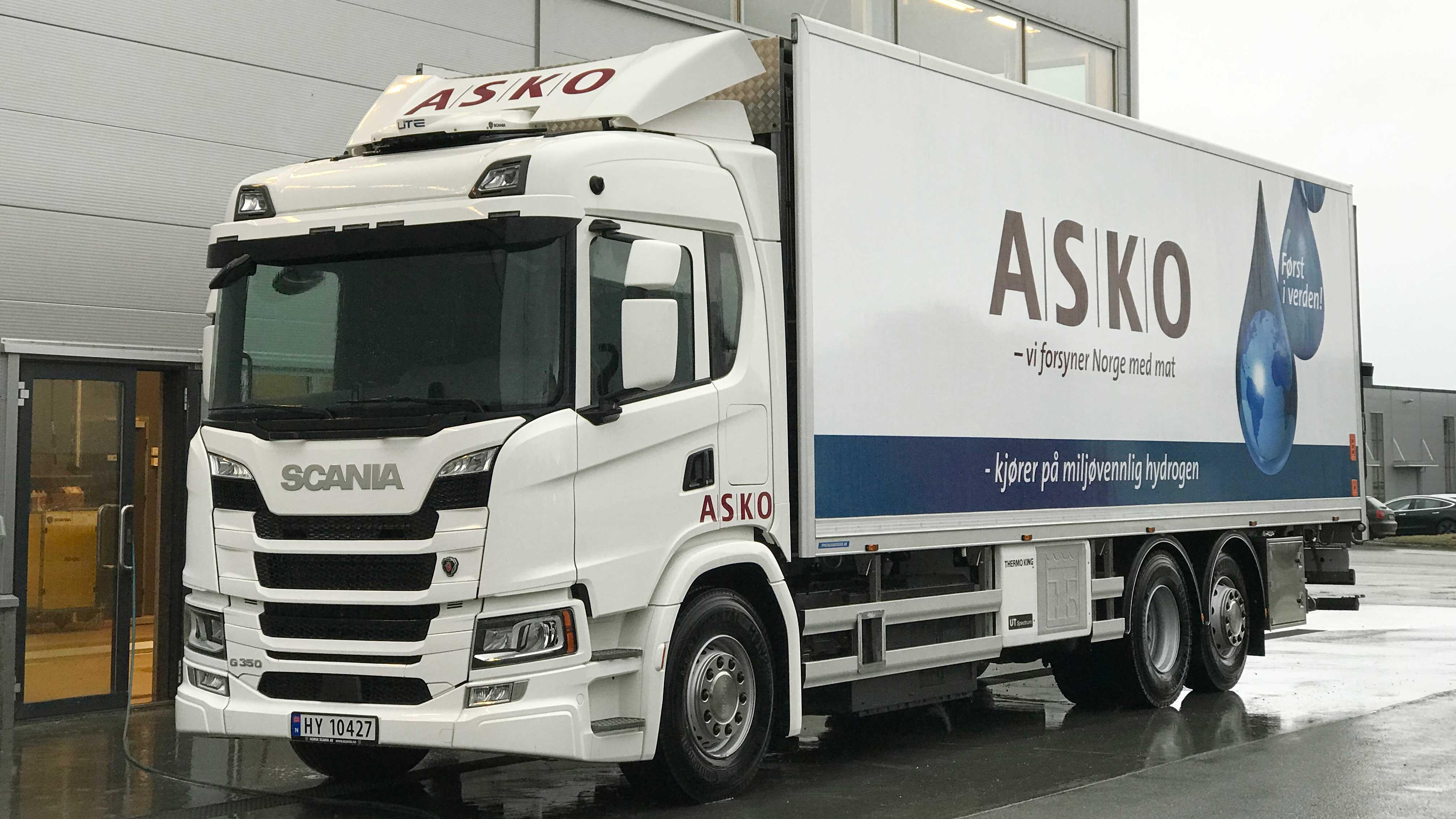 Scania тества хибридни камиони на електричество и водород