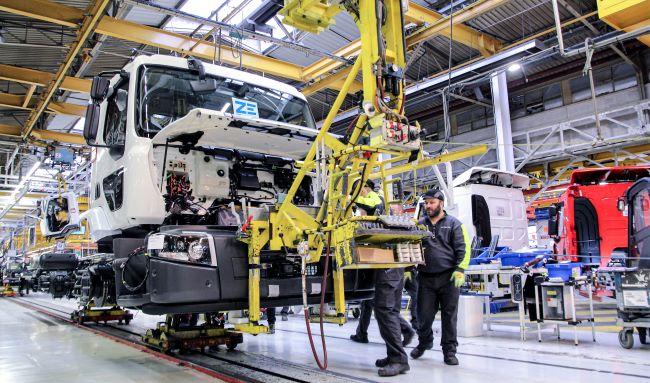 Renault Trucks започва производство на електрическите си камиони