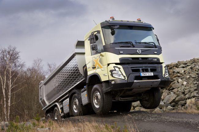 Новият Volvo FMX – здрав строителен камион с екстри