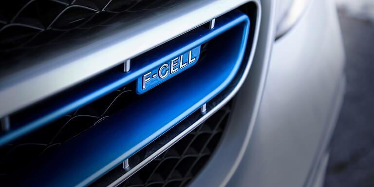 Daimler и Volvo ще правят камиони с горивни клетки