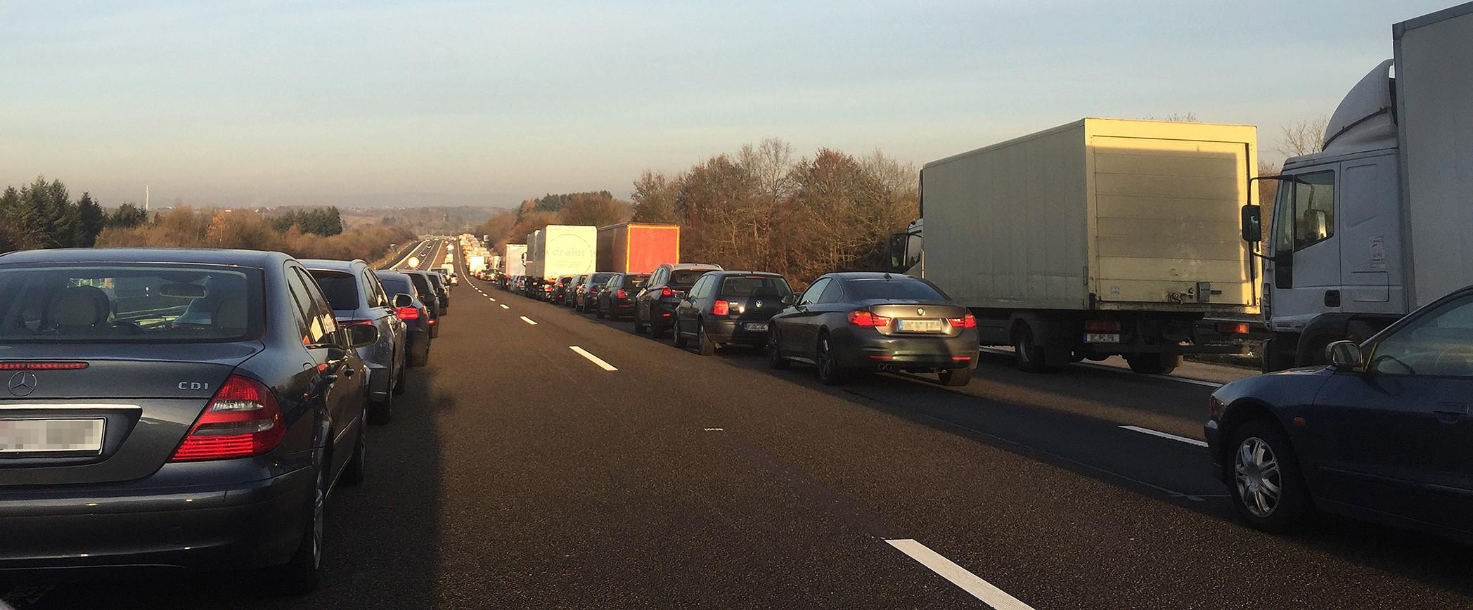 20 чуждестранни шофьори на камиони останаха без книжка в Германия
