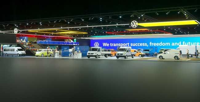 Volkswagen представя с онлайн щанд новата си лекотоварна гама