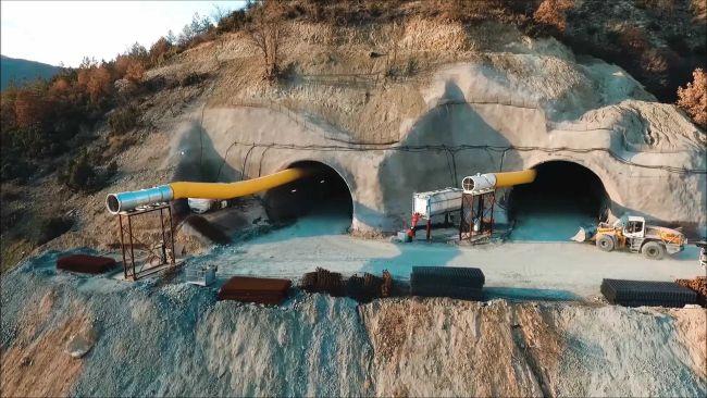 Прокопани са 2/3 от тунел Железница на АМ Струма