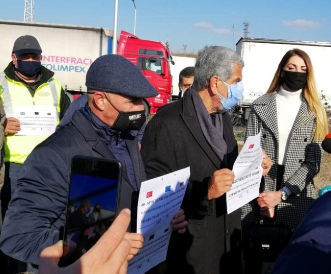 СМП и UND предложиха мерки срещу опашките на границата с Турция