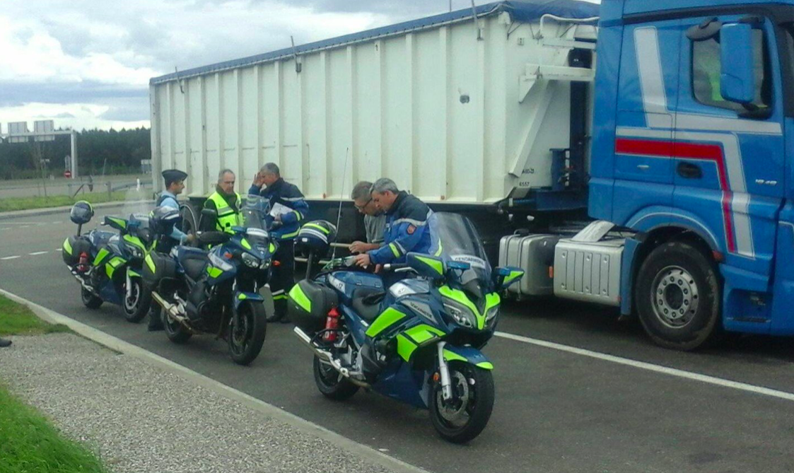 Забрани за камиони във Франция през 2021 г.