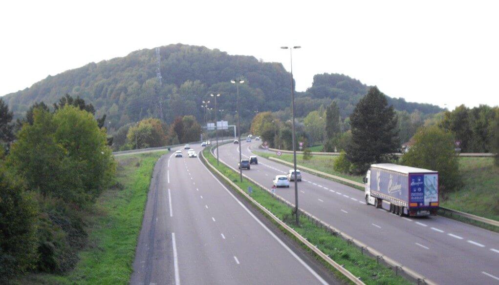 200 автомобила с камери за скорост ще работят в 8 френски региона