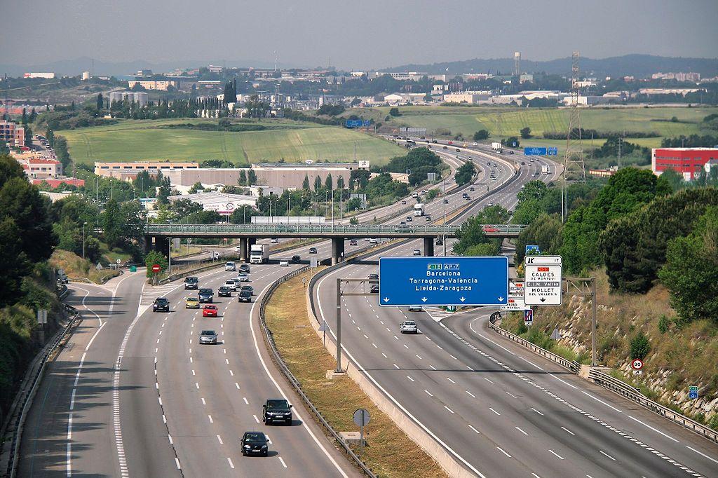 Неделна забрана за камиони на магистрала AP7 в Каталуния