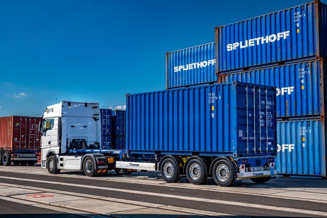 Krone представя Box Liner eLTU 40 Light Traction