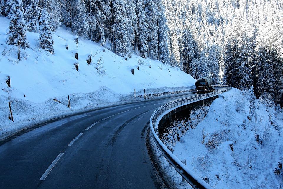 Нови регулации за зимни гуми във Франция в сила от ноември
