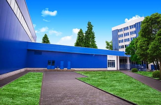 Първи снимки на завода за електрически автобуси в Брезник